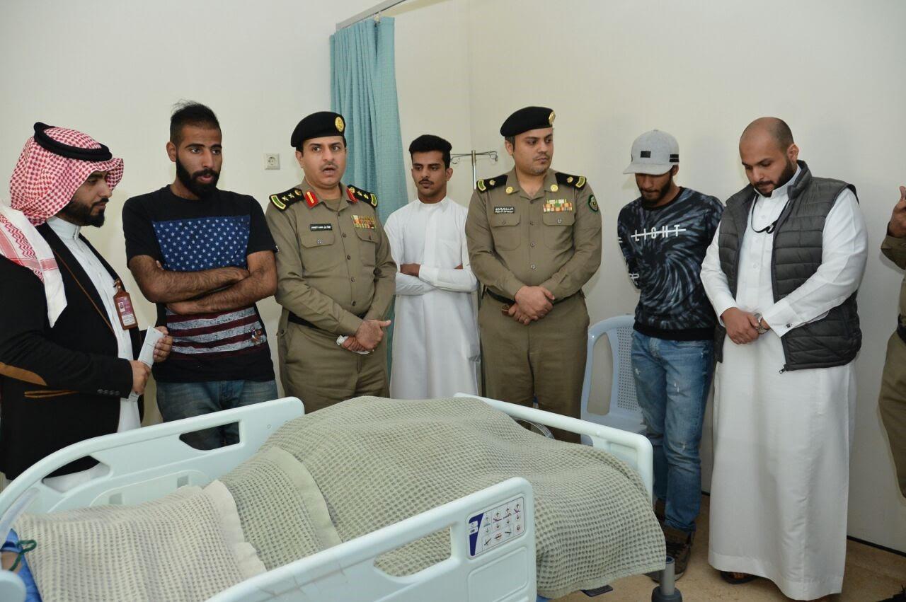 مرور الخبر يلزم مخالفي الأنظمة المرورية لزيارة مقعدي المستشفى فهد الجامعي بالخبر