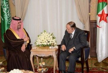 وزير الداخلية يستعرض مع الرئيس الجزائري العلاقات الثنائية