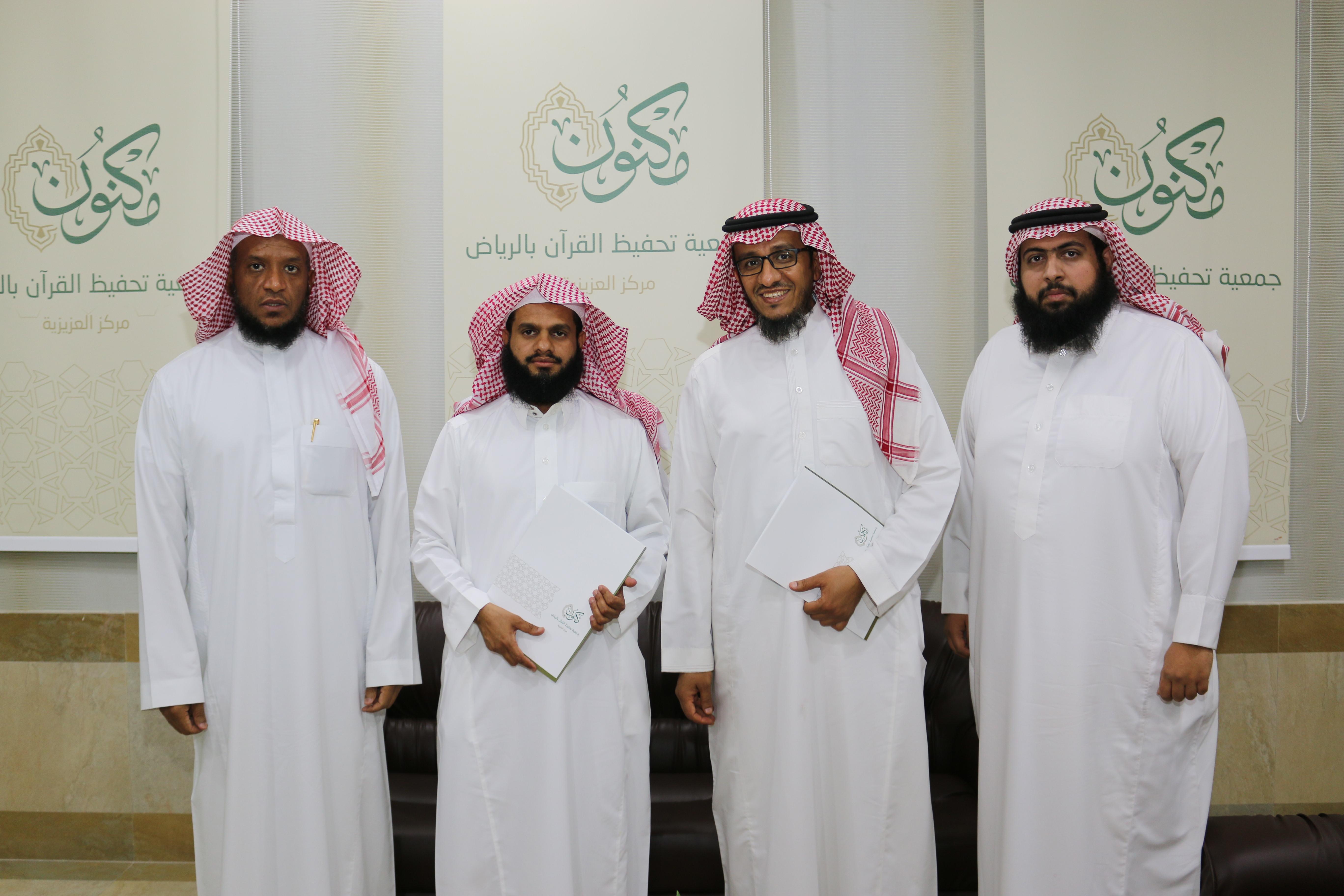 """عزيزية """"مكنون"""" يوقع عقد شراكة مع ابتدائية شبل بن عباد لتحفيظ القرآن"""
