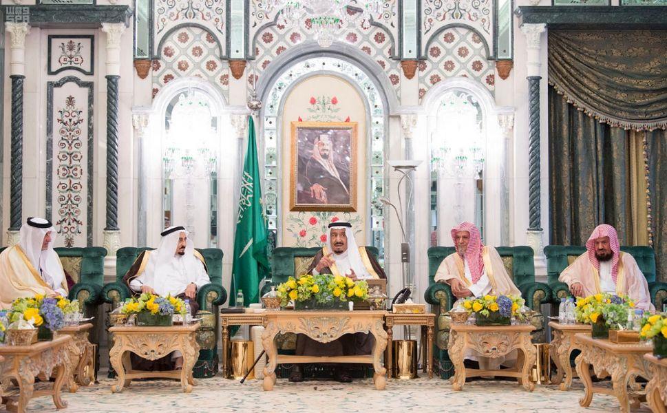 الملك سلمان يصل مكة المكرمة لقضاء العشر الأواخر من رمضان