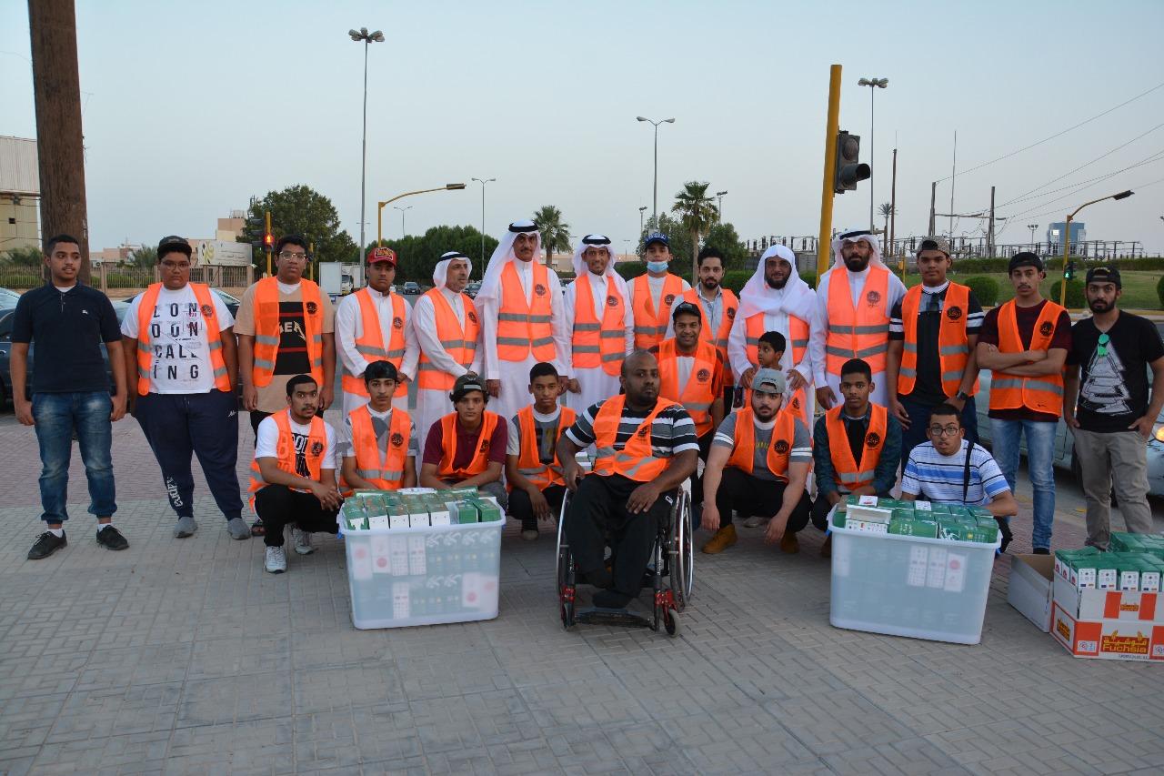 الأحساء.. 700 متطوع يشاركون في توزيع 67 ألف وجبة