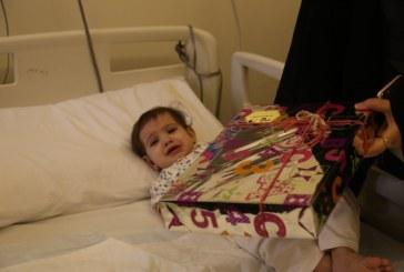 """بالصور..""""أصدقاء العطاء"""" التطوعي يعايد مرضى مستشفى الحياة بالرياض"""