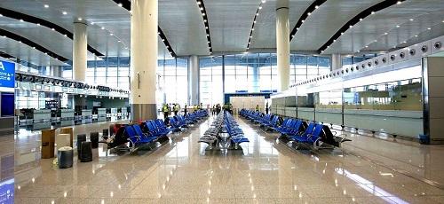 مطارات الرياض تدشن البوابات الجديدة لرحلات السفر إلى أمريكا وبريطانيا وكندا