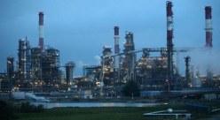 النفط يرتفع بدعم خفض إنتاج المملكة وعقوبات إيران