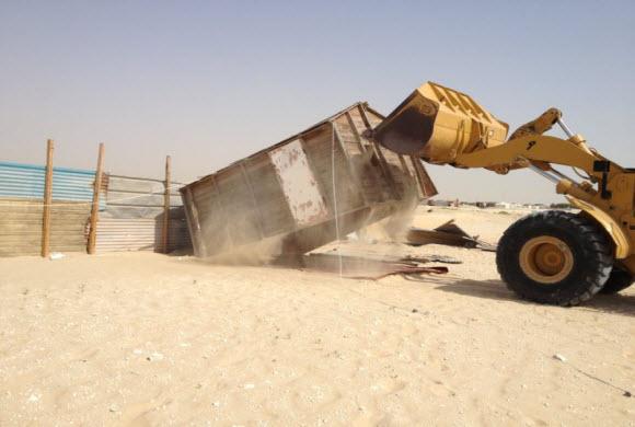 بلدية غرب الدمام: إزالة 200 خيمة مخالفة … وإنذار 60 أخرى
