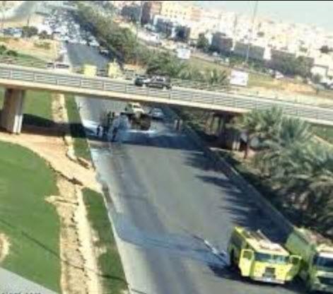 انقلاب ناقلة وقود في الرياض حمولتها بنزين