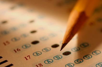 """""""أسئلة بديلة"""" تنقذ سير الاختبارات بثانوية في حائل"""