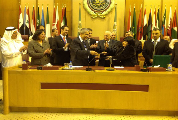 وقعت مؤسسة الأمير محمد بن فهد  مذكرة تعاون مع مجلس الشباب العربي لتنمية الشباب