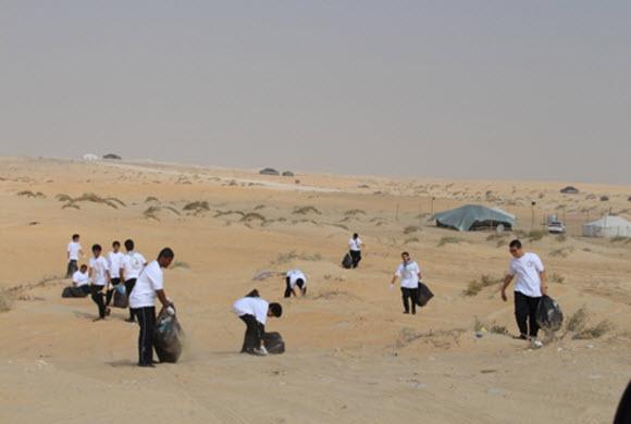 250 كشاف يساهمون في تنظيف المتنزهات البرية بالجبيل